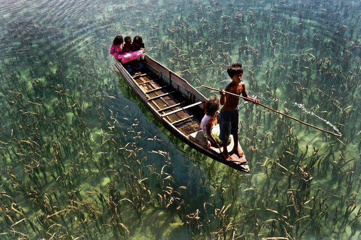 floating_boating