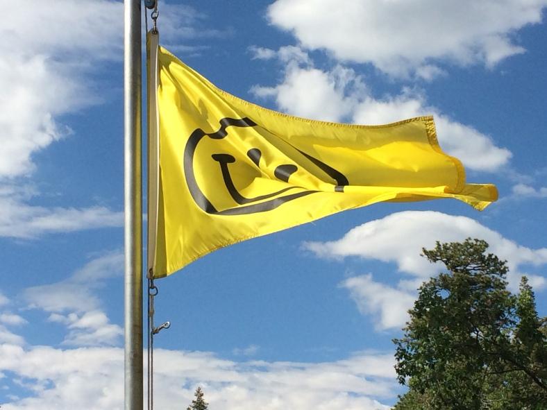 DeBenneville Happy Camper flag (c) Vincent Paz